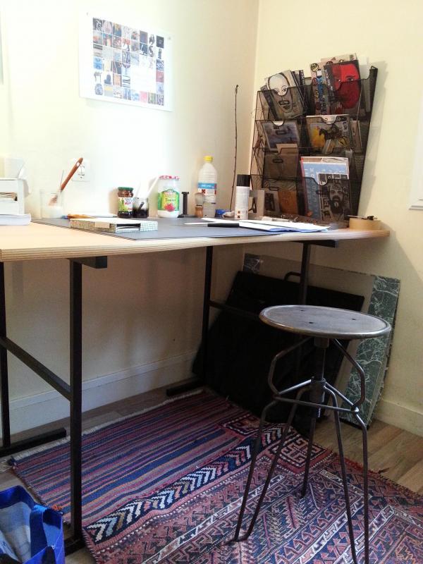 Mijn mail sorteerder, ideaal in mijn atelier, het maakt anderen jaloers .......