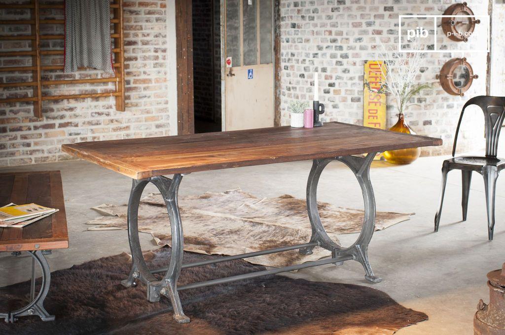 Antieke teakhouten tafel tonnel charme van gerecycled for Teakhouten tafel