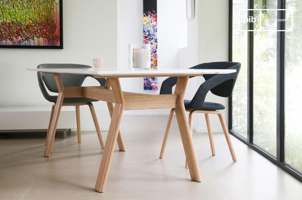 high on wood tafel een scandinavische meubelstuk pib. Black Bedroom Furniture Sets. Home Design Ideas