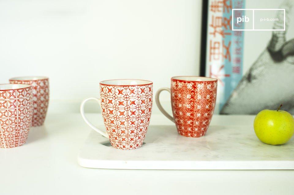 Prachtige koppen met een romantisch motief