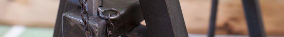 Benadrukte materialen Ambolt paar schragen