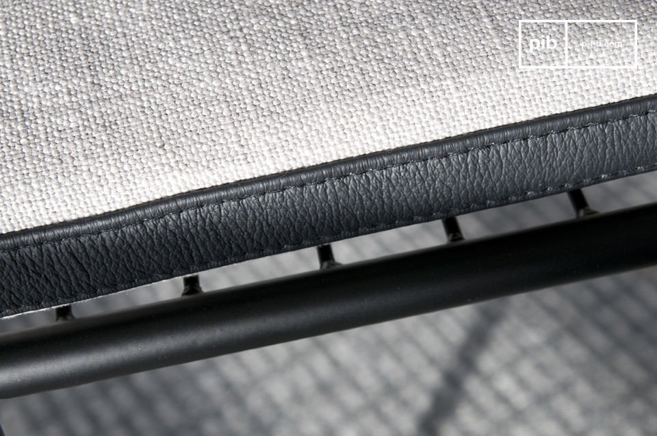 Met een zeer moderne lijn welke doet denken aan stoelen uit de jaren 60