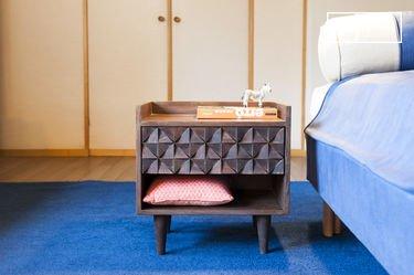 Balkis houten nachtkastje