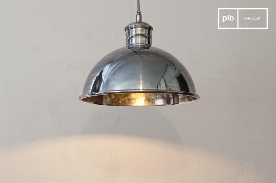 Deze hanglamp is gemaakt van verzilverd koper met een hoge kwaliteit en het snoer is omwikkeld met