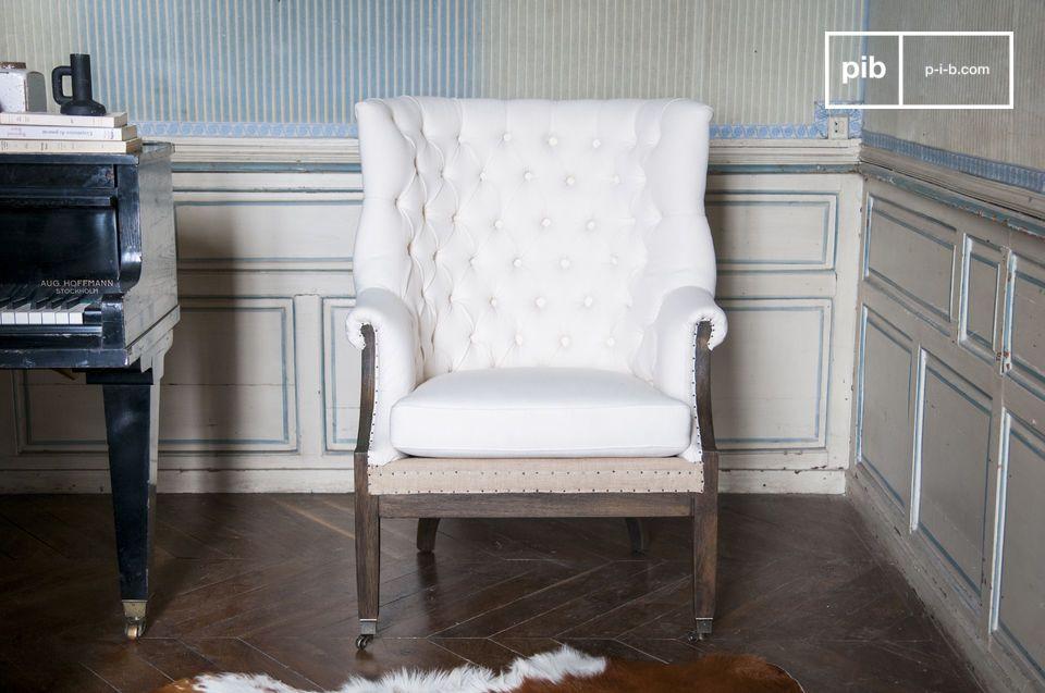 Met een origineel en retro design kan het gemakkelijk zijn plaats vinden in een hoek van de kamer