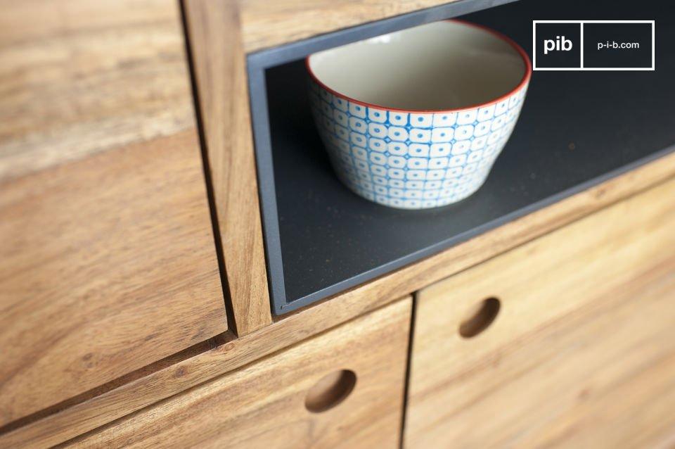 Het biedt veel opslagruimte, terwijl het een vleugje vintage decor aan je kamer toevoegt