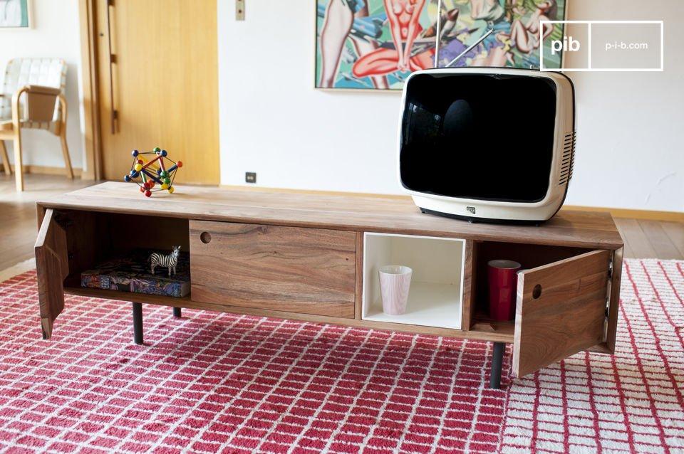Het Bascole Tv meubel heeft een strak design dankzij de combinatie van de donkere metalen poten die