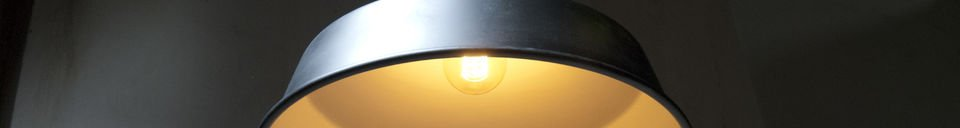 Benadrukte materialen Black Factory hanglamp