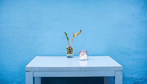 Blauwe shabby chic koffietafel