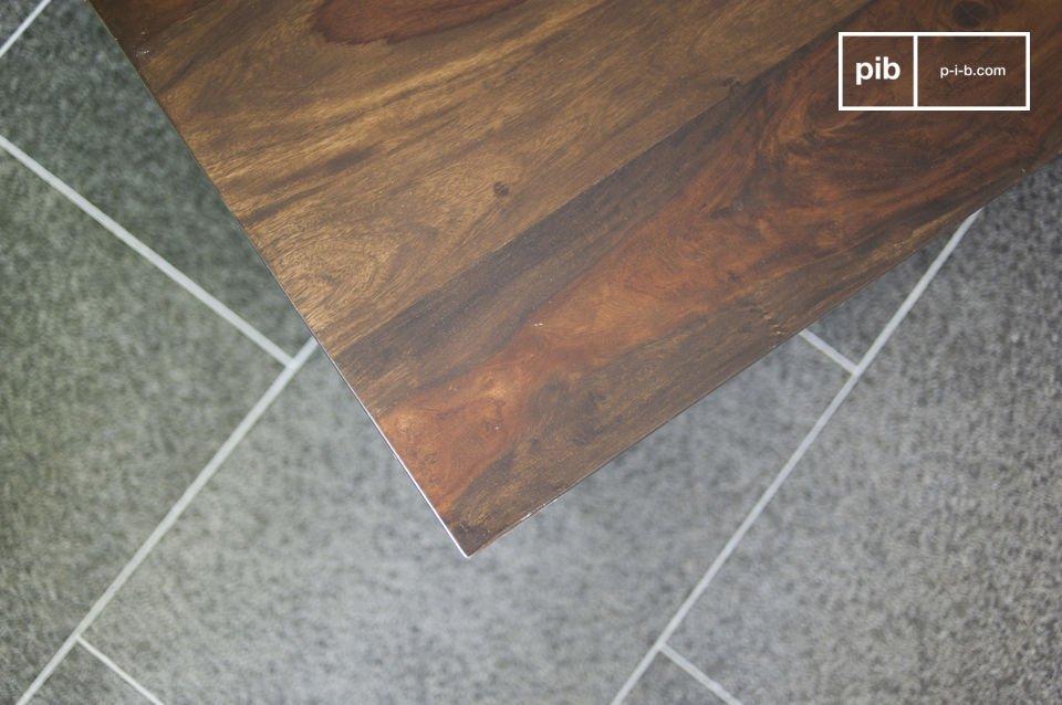 De Brown\'n White salontafel heeft een praktische en originele lade die aan twee kanten geopend kan