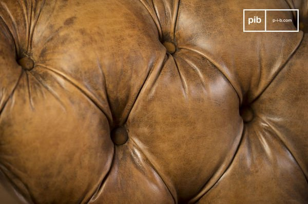 Canape Chesterfield Saint Paul Closeup