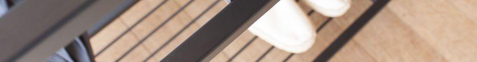 Benadrukte materialen Console in zwart marmer Noora