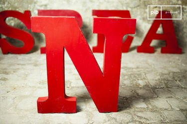 Decoratieve letter N