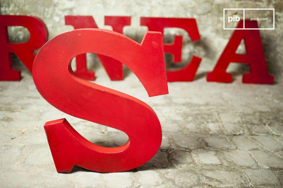 Decoratieve letter S