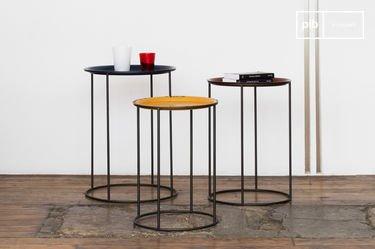 Driekleurige Gigogne tafel