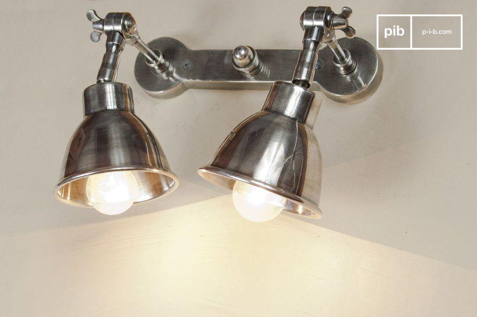 Deze dubbele lamp staat prachtig boven een bed of werkplek