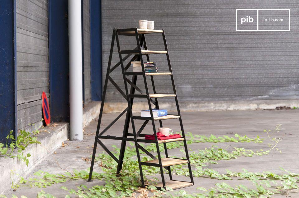 Of je nou van plan bent om het te gebruiken als ladder of kast, deze studio ladder voegt een unieke charme toe aan je loft interieur