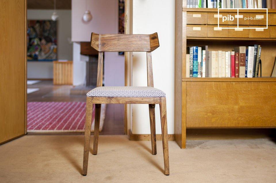 Een comfortabele stoel met elegant design