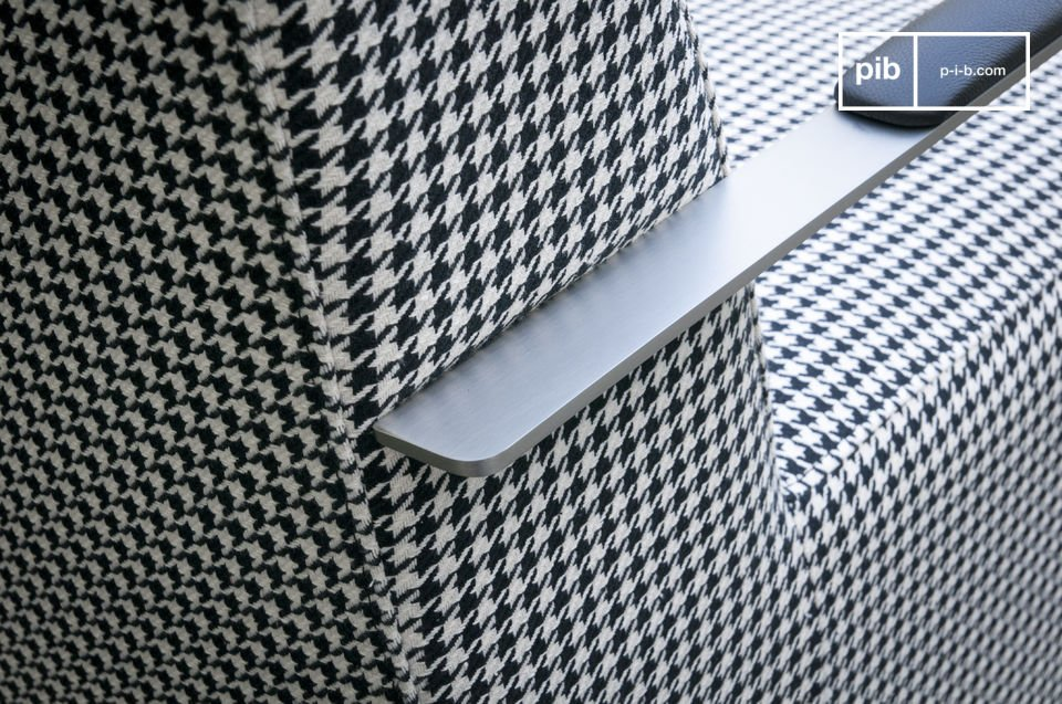 Bekijk het unieke ontwerp van de Elthon fauteuil: retro textiel