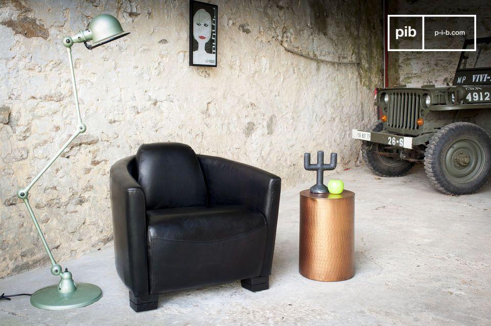 Een hoogwaardige fauteuil in 100% full grain leer