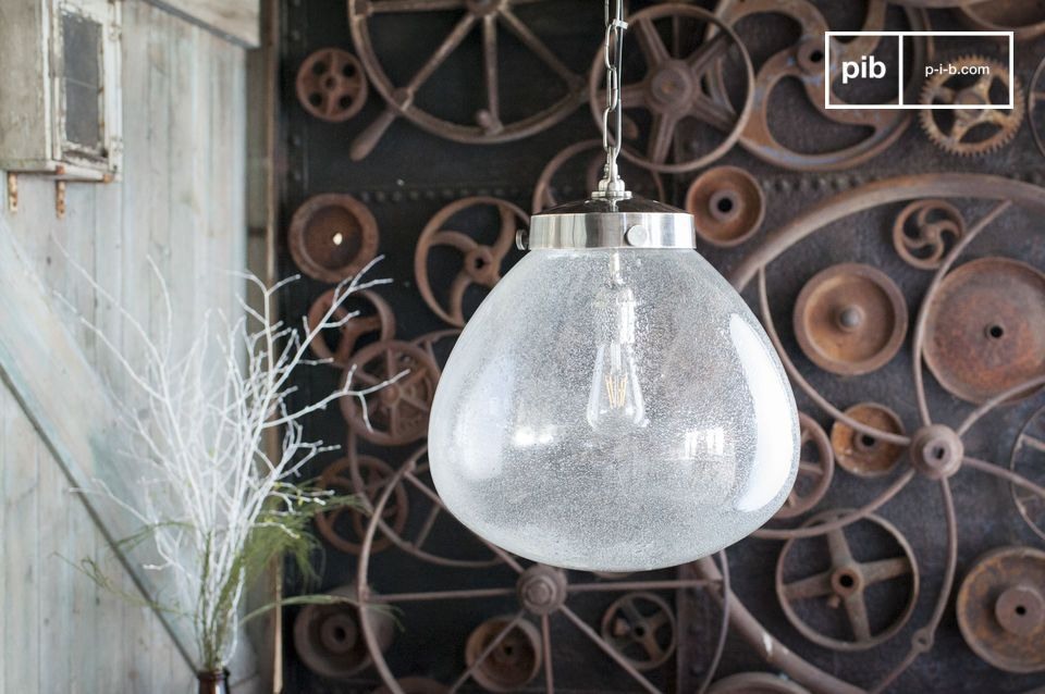 Elegante lichte hanglamp in chique industriële stijl