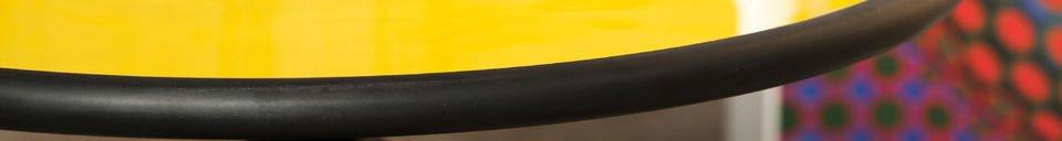 Benadrukte materialen Gele Alice bijzettafel