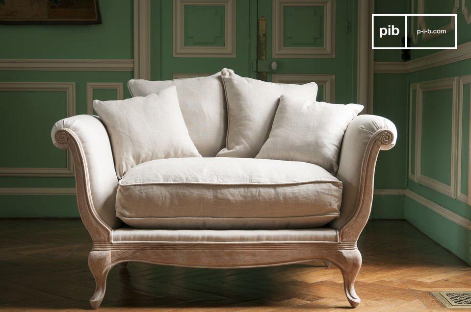 Trakteer jezelf op buitengewone comfort met de vijf grote kussens van de Grand Trianon fauteuil