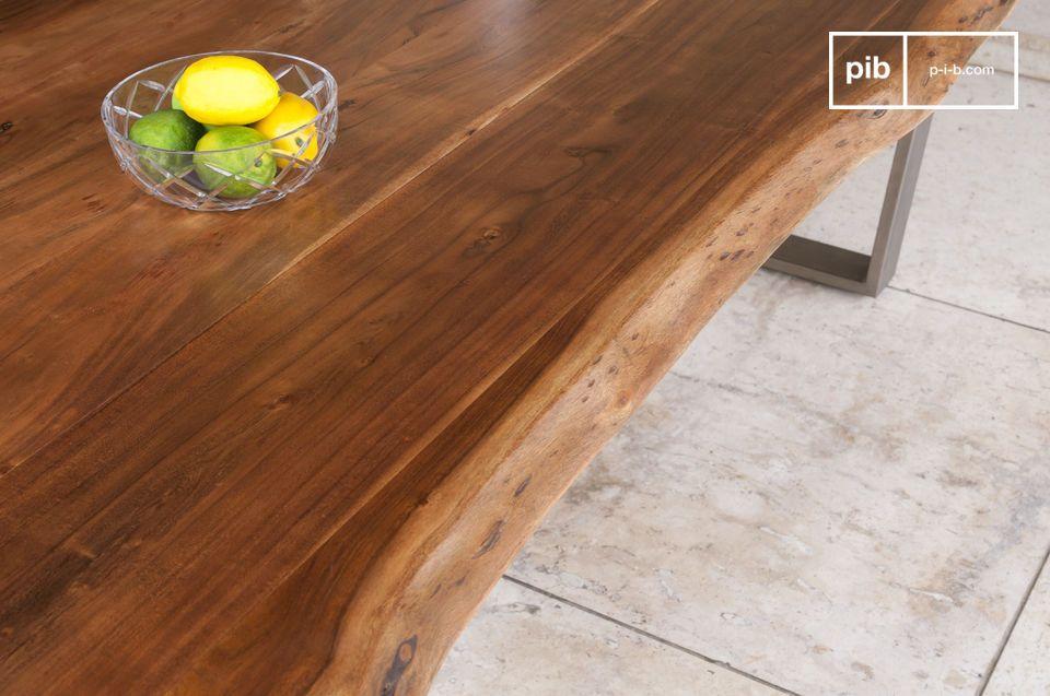 De Avallan tafel combineert een dik