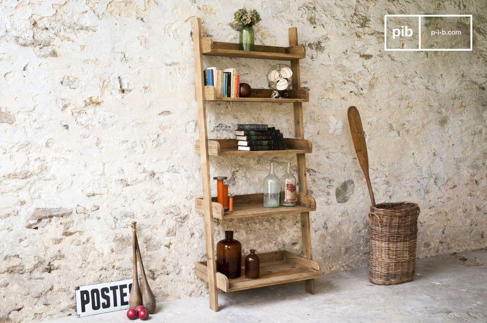 Charme van antiek hout