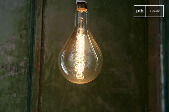 Grote lamp met lange gloeidraad