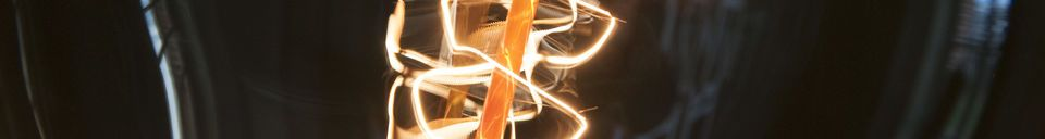 Benadrukte materialen Grote lamp met lange gloeidraad