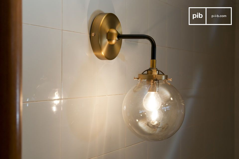 Halsa gouden wandlamp
