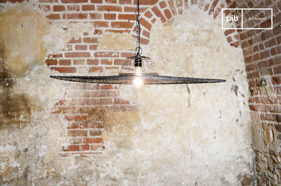 De Hanglamp Grid lijkt niet op een andere lamp