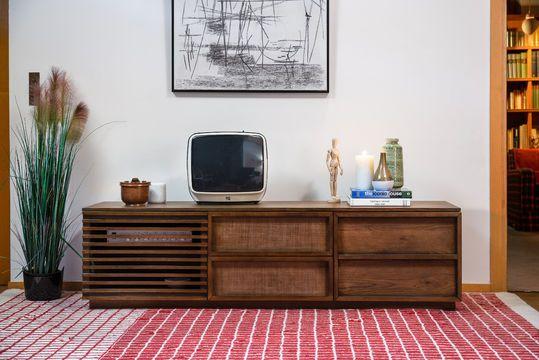 Houten audiovisueel meubilair Jake