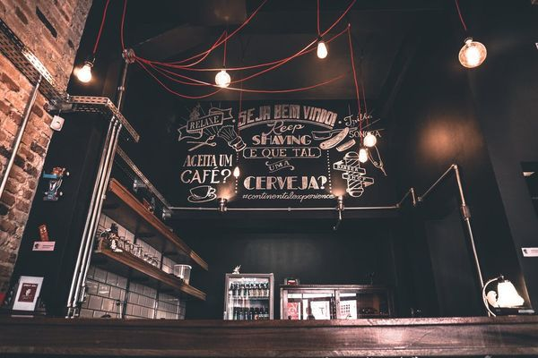 Industriële verlichting in bar