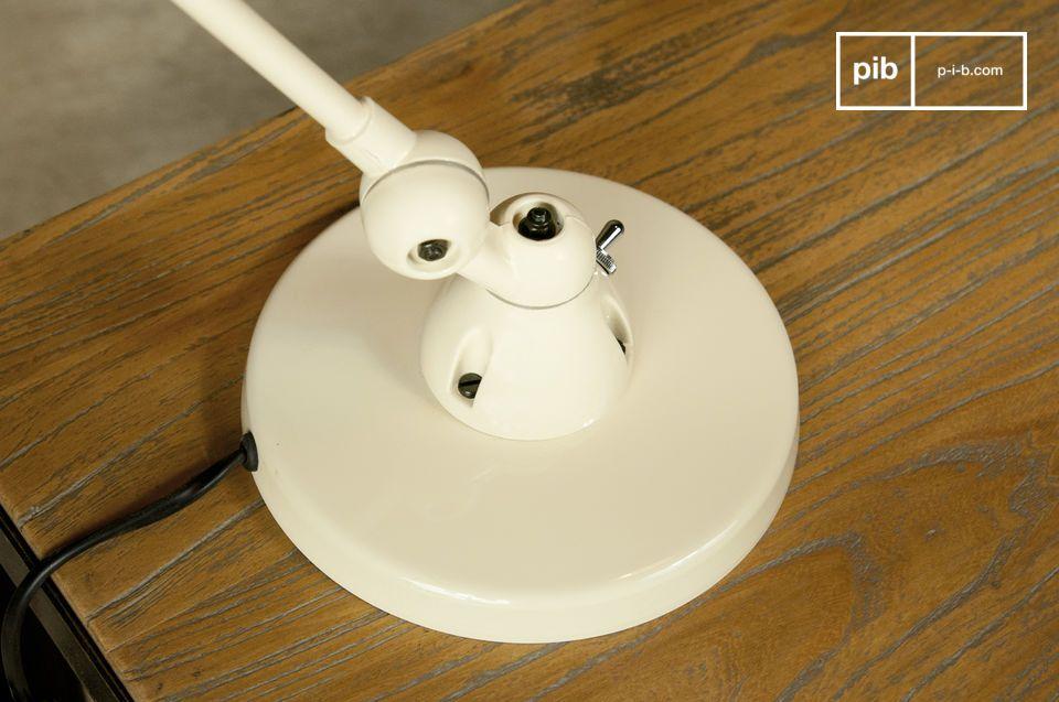 Je zult vallen voor deze bureaulamp uit de Jieldé Signal lijn
