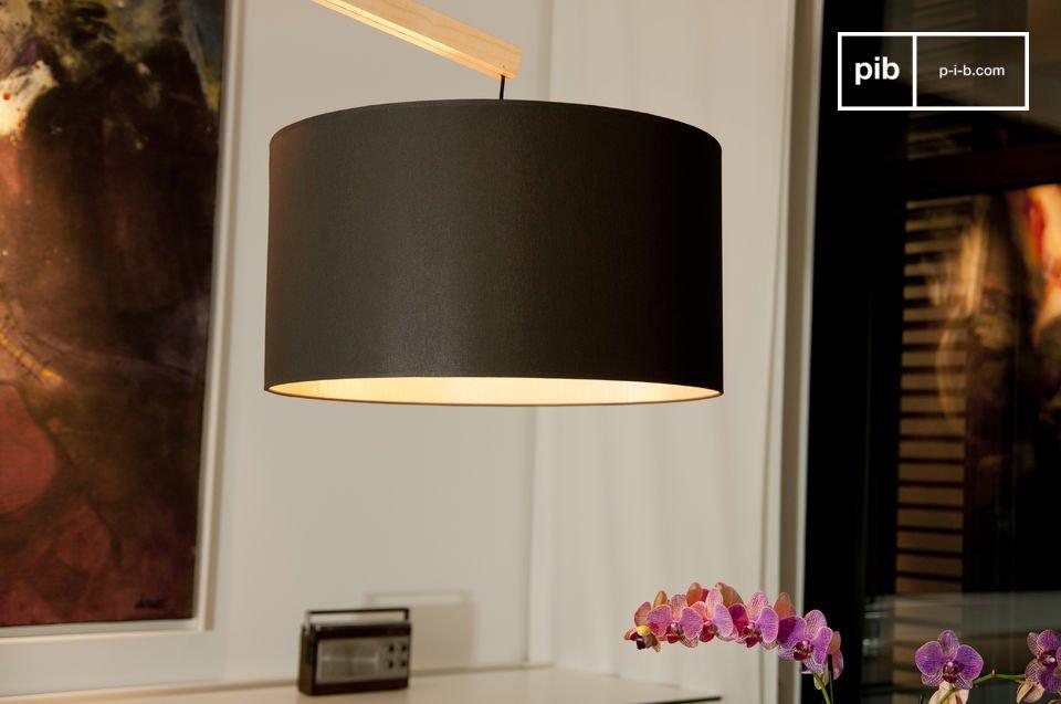 Deze design vloerlamp in de Scandinavische stijl is gemaakt van massief beukenhout met een heldere