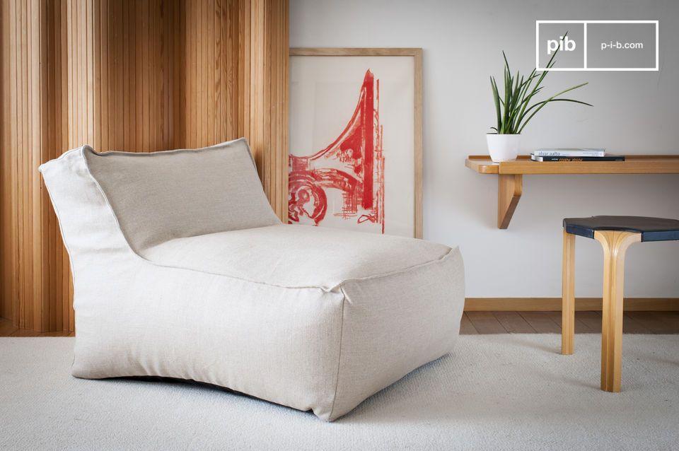 Deze elegante Italiaanse geinspireerde openhaardfauteuil zal uw visie op losse stoelen revolutionair