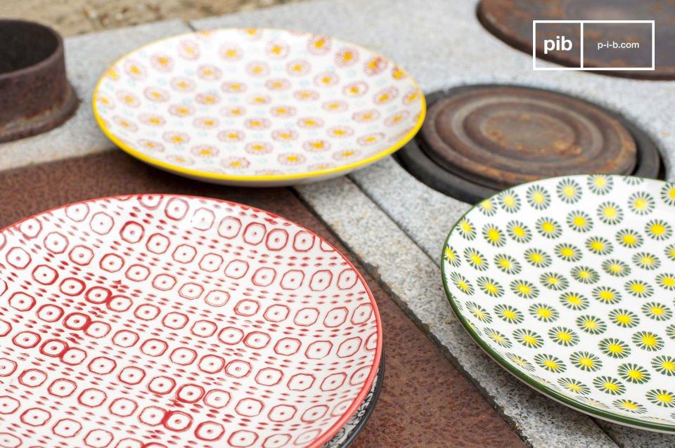 De borden zijn kleurrijk en maken je tafel nog vrolijker