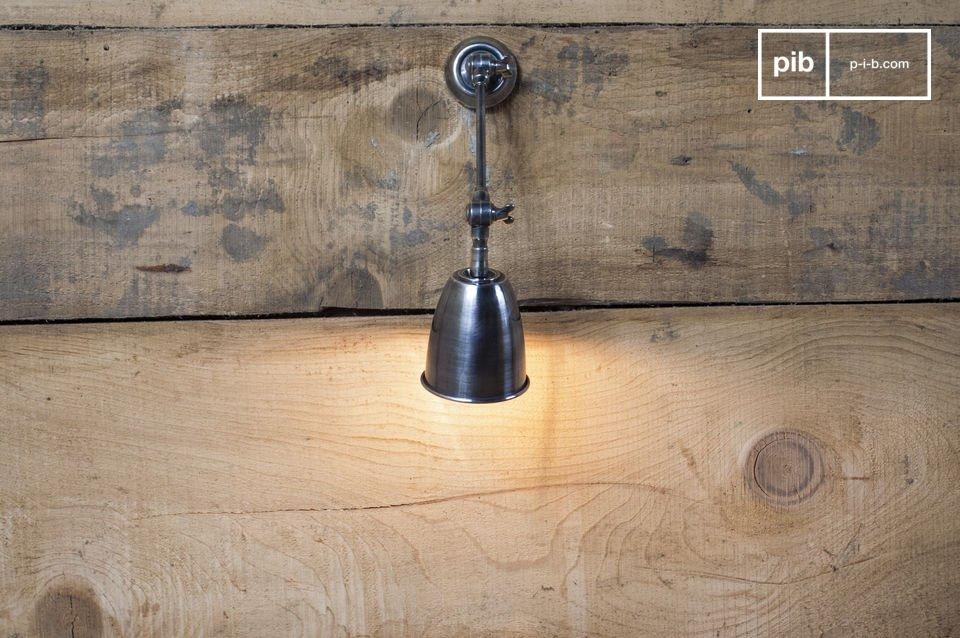 Wandlamp met verstelbare kop, gelakte nikkel afwerking