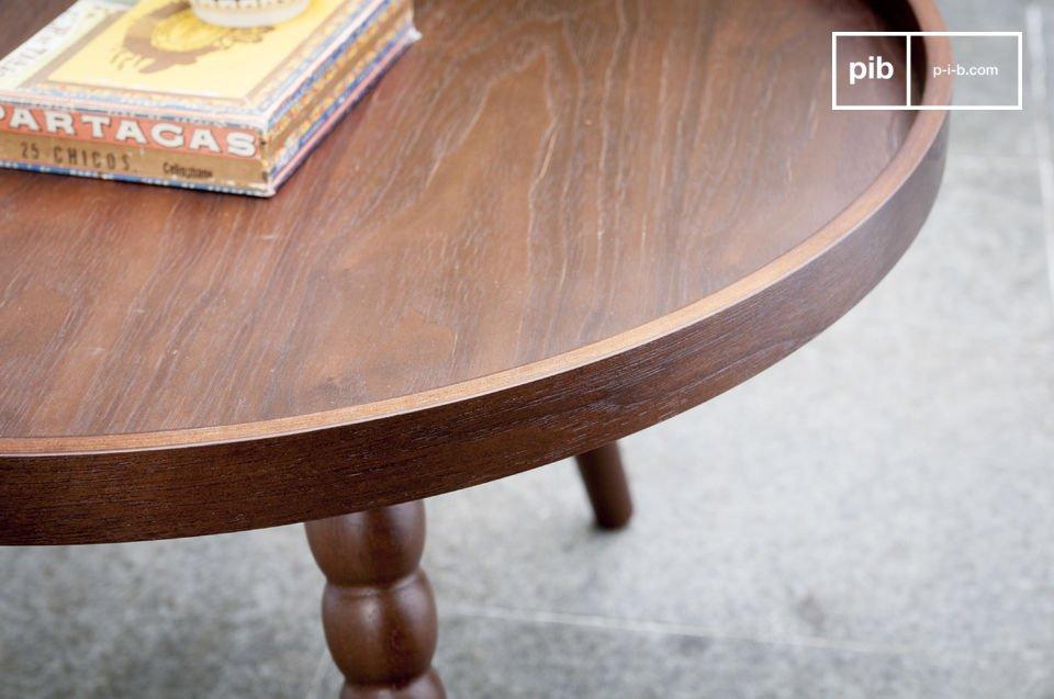 De Katalina salontafel is een charmant model dat een neo-retro touch aan je woonkamer zal toevoegen