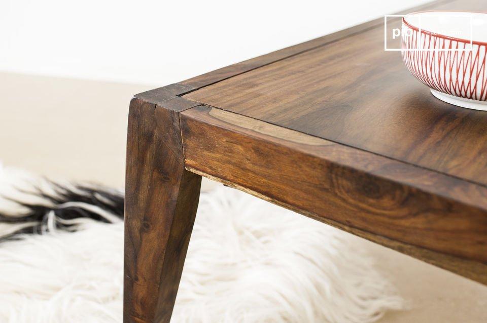 De salontafel is geïnspireerd op de vintage Scandinavische stijl van de jaren \'50