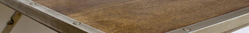 Benadrukte materialen Klaptafel gemaakt van eiken en staal