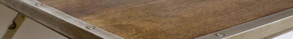 Benadrukte materialen Klaptafel Trémy gemaakt van eiken en staal