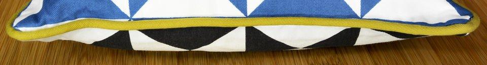 Benadrukte materialen Kleine blauwe Norway kussen