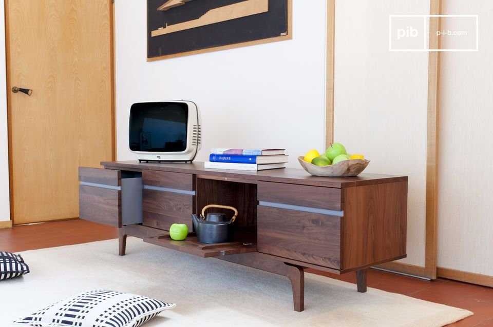 Elegante opbergruimte voor TV of serviesgoed
