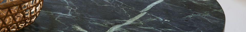 Benadrukte materialen Lasby groene marmeren bistrotafel