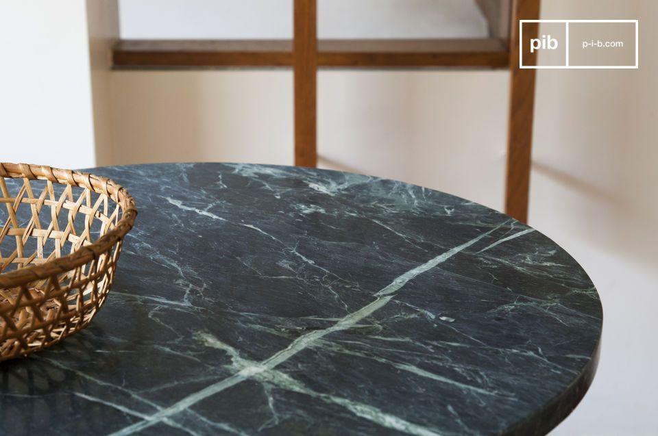 Met zijn opmerkelijke esthetiek onderscheidt deze tafel zich door zijn rustgevendheid in de vorm van