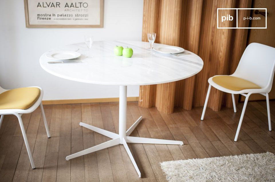 Lemvig wit marmer ronde tafel vintage witte poten pib
