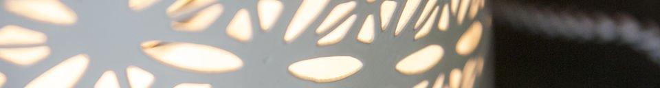 Benadrukte materialen Lënie tafellamp